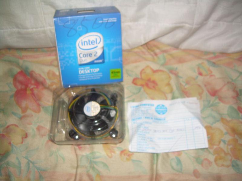 http://captainlig.free.fr//VENTES/11-2009/CPU%20E8500%20%201.JPG